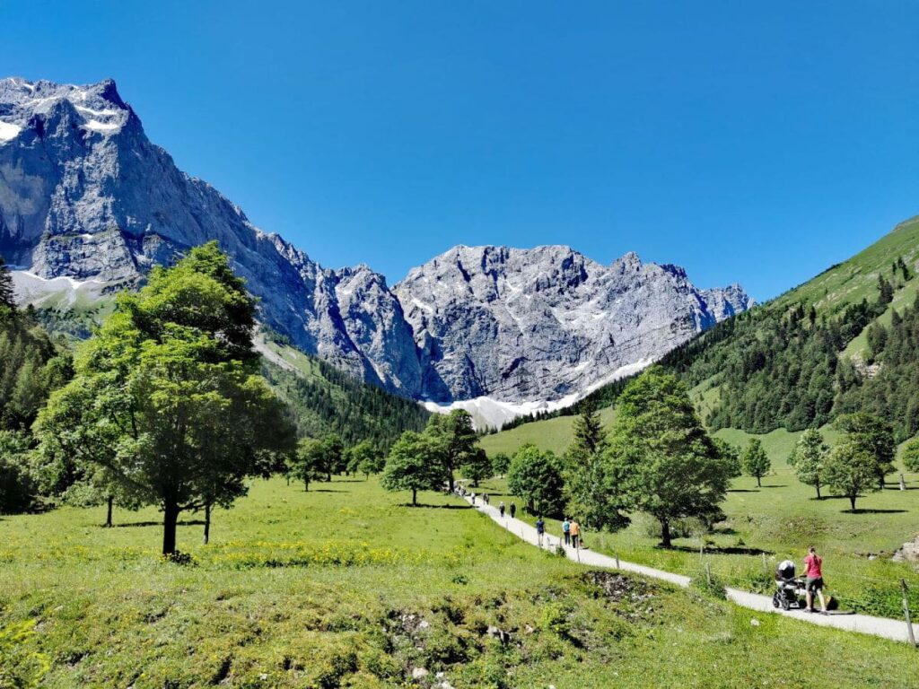 Egal in welchem Karwendel Hotel du übernachtest - genieße diese atemberaubende Natur!